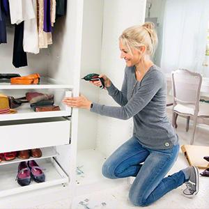 bosch akkuschrauber ixo set winkeltransfer und offsetdorn 10 schraubendreher usb ladeger t. Black Bedroom Furniture Sets. Home Design Ideas