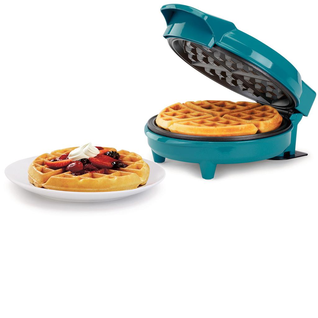 Easily Make a Hot and Fresh Waffle in Just 7 Minutes!