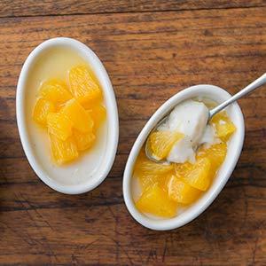 ふるふるアーモンドミルクゼリー オレンジソース