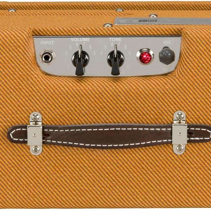 fender pro junior iv 15 watt electric guitar amplifier musical instruments. Black Bedroom Furniture Sets. Home Design Ideas