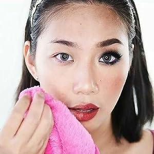 The Original MakeUp Eraser In Pink