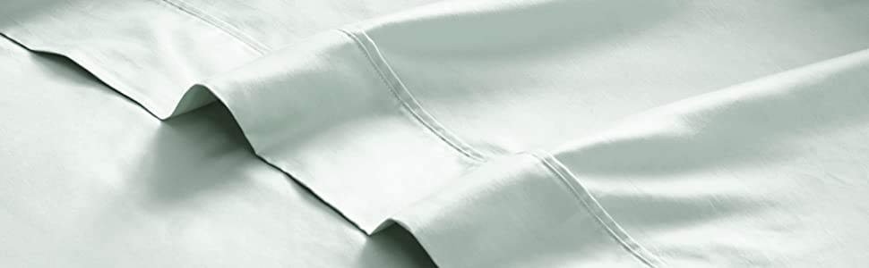 300 thread count sheets, close up image