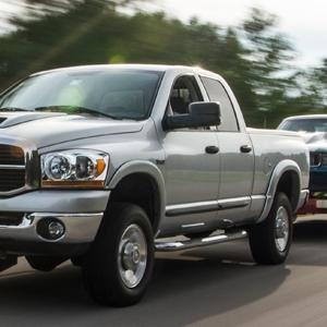 performance brake pads, brake pad upgrade, truck upgrade, hauling brakes, brakes for towing