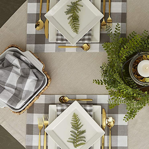 checkered placemat