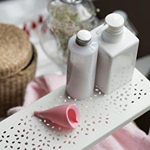 Intimina Lily Cup tamaño A, Copa menstrual ultra suave, protección reutilizable para el período hasta 12 horas, silicona de grado médico para el ...