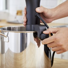 Cooking capacity - medium volume water resistant perfect cooking every time cook while away home