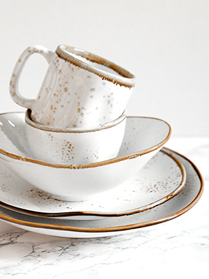 Tuxton Home Artisan Collection Dinnerware in Geode Agave White