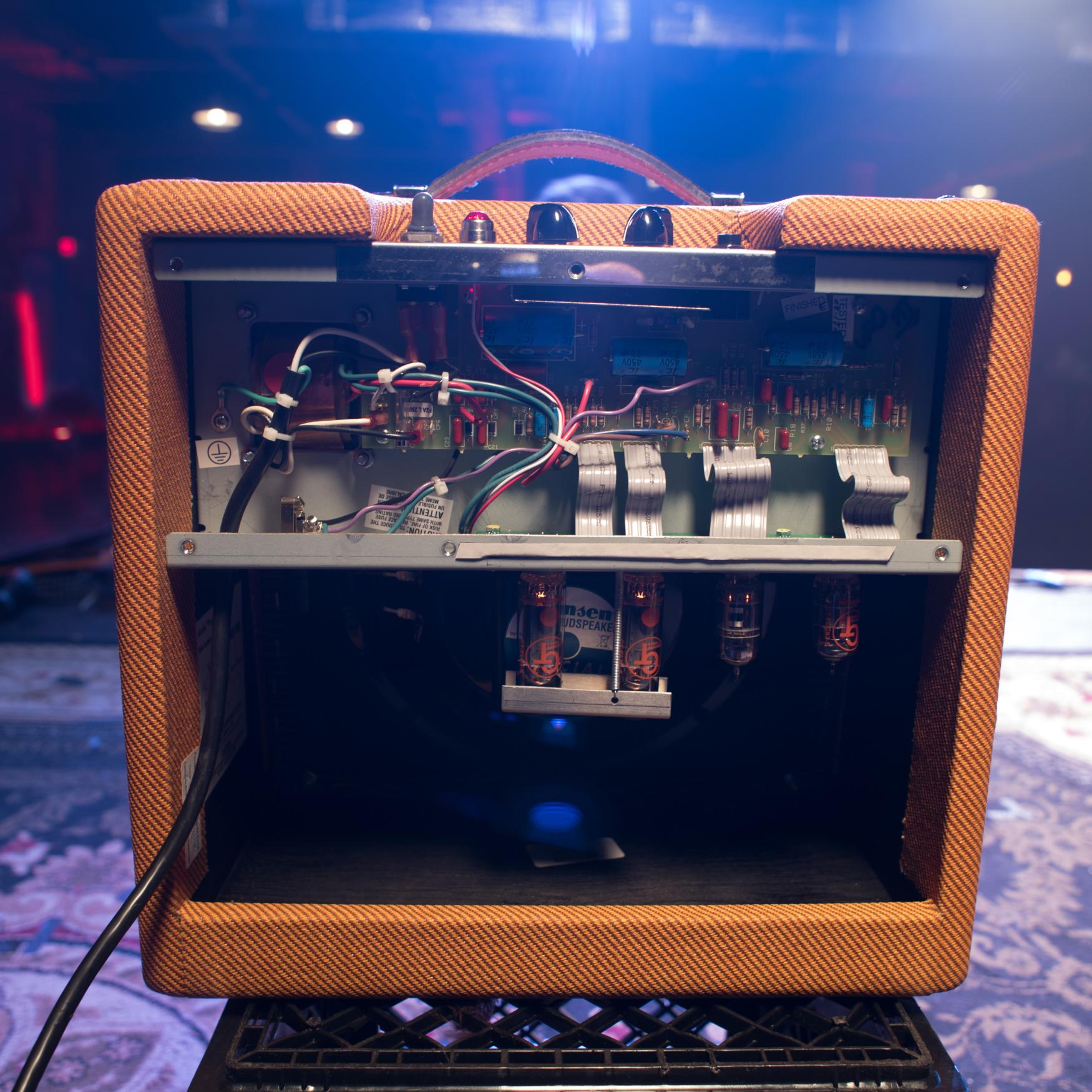 Vox Ac4tv With 1 215 12 Cabinet Cabinets Matttroy
