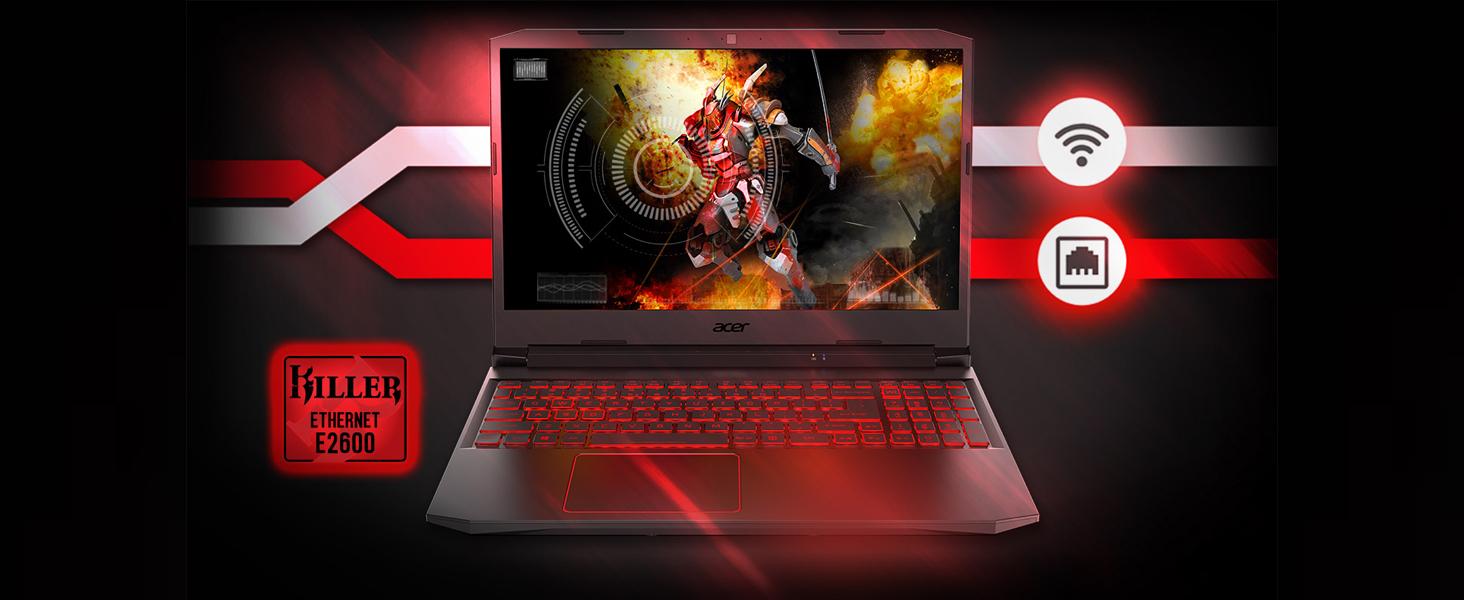 Pc portatile Acer con schermo acceso su scrivania