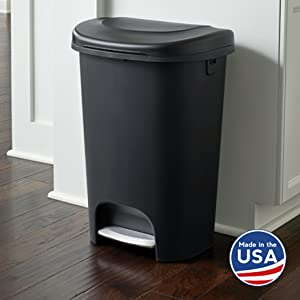 rubbermaid 13 gallon step on black home kitchen bathroom garbage