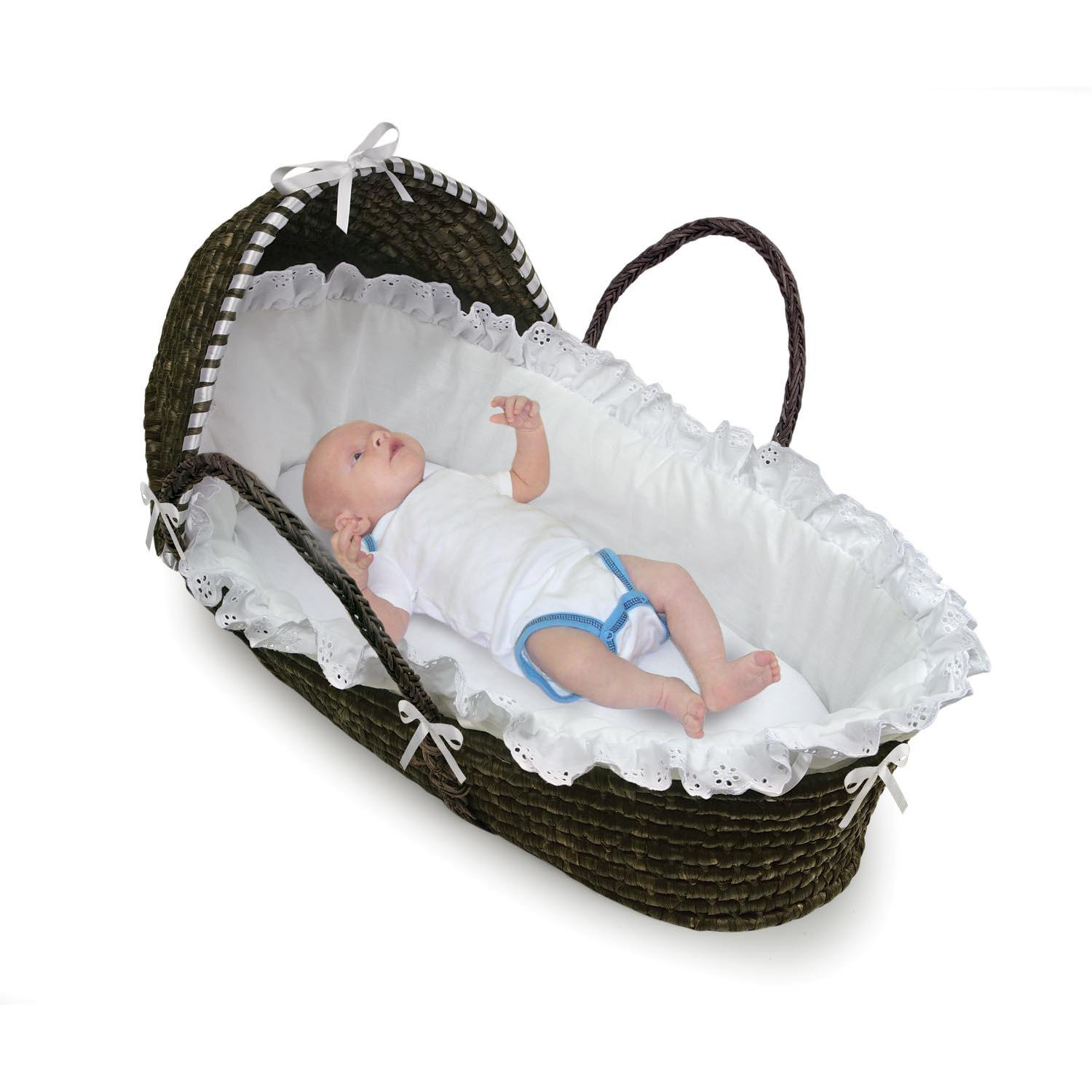 Amazon Badger Basket Moses Basket with Hood and Bedding