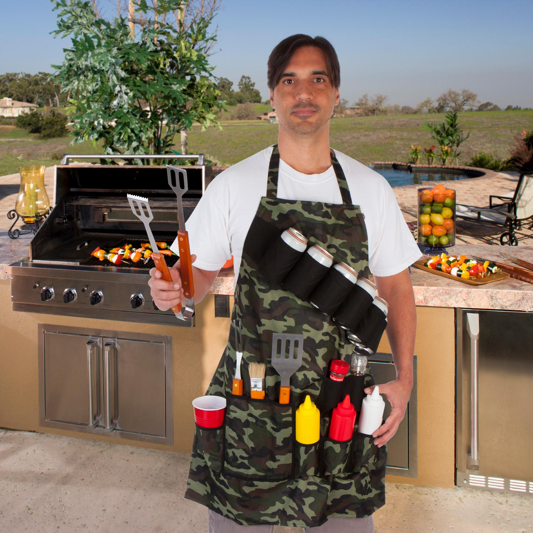 Camouflage EZ DRINKER Grill Master Grill Apron and Accessory Holds Beverages and Tools