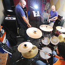 Mackie, Thump, Portable, Powered, Loudspeakers, band, rehearsal, practice, studio