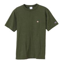 左胸にワンポイントロゴを刺繍したシンプルな半袖Tシャツは、豊富なカラーバリエーションで色違いで揃えてもGOOD