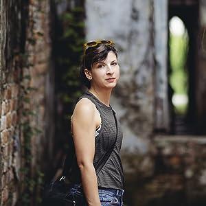 Portrait Photography wirh Rokinon 85mm F1.4 Auto Focus Lens