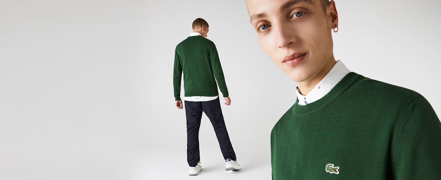 Green knit detail with contrasting fine line on sleeve finishings