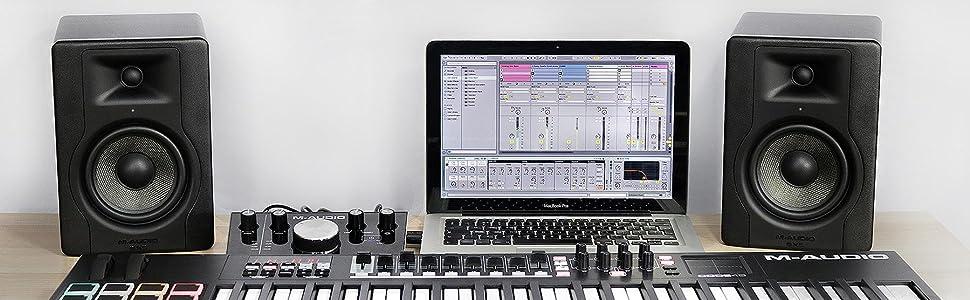 M-Audio - BX5 D3 - Paire de Moniteurs de Studio Pro 100 W 2 Voies avec Woofer 5 Pouces et Acoustique Space Control Intégré pour Production Musicale - Noir