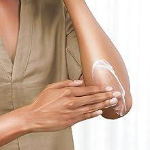 Instantly enhances skin, restores moisture over time