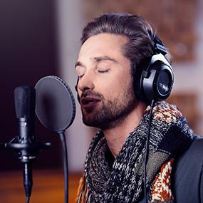headphones, best headphones, headphones and headsets, beyerdynamic, dt 770, studio headphones
