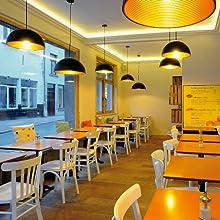 Suspension dorée - Éclairage intérieur blanc chaud - Suspension dorée.