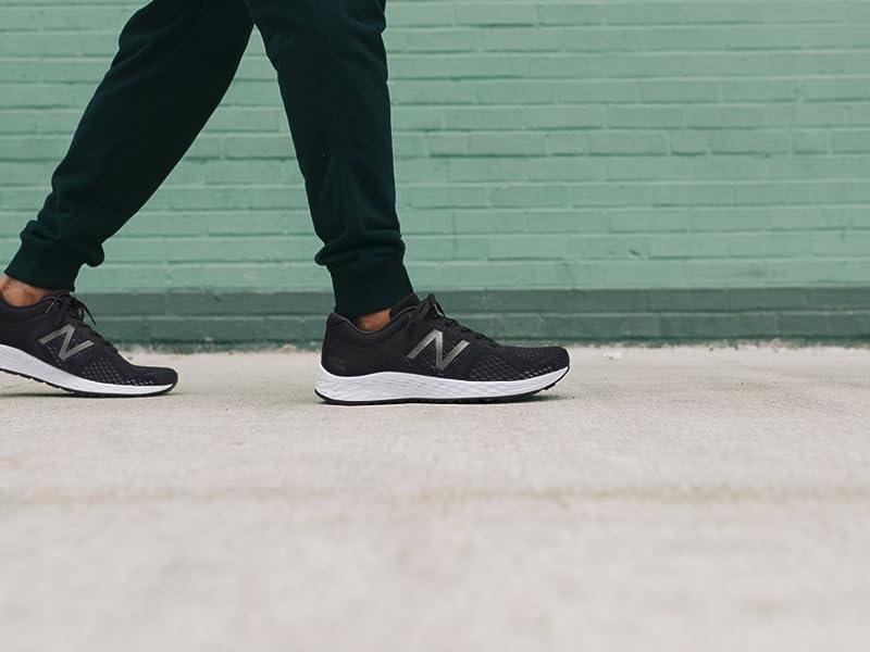 New Balance Tenis de correr de espuma fresca Arishi V2, para mujer