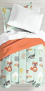 kitties kitten bed kids children bedding beach comforter sham soft blanket colorful hot pink bedroom