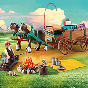 Lucky's Dad with Covered Wagon Playset