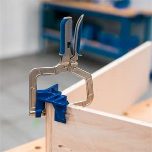 90° Corner Clamp features all-metal construction