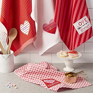 dish towels,valentines day gift,gift valentine,holiday,light weight dish towels,hearts kitchen
