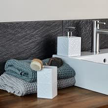 De hoogwaardige badkameraccessoires serie Cordoba overtuigt door de edele afwerking van hoogwaardige