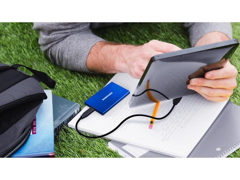 Samsung T7 plugged into a tablet