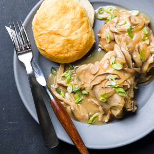 instant pot recipe, pressure cooker, slow cooker, chicken thighs, gravy, southern food, miso bourbon
