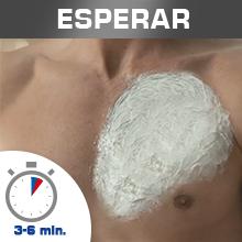 Deja actuar la crema en tu piel entre 3 y 6 minutos, pero no más tiempo.