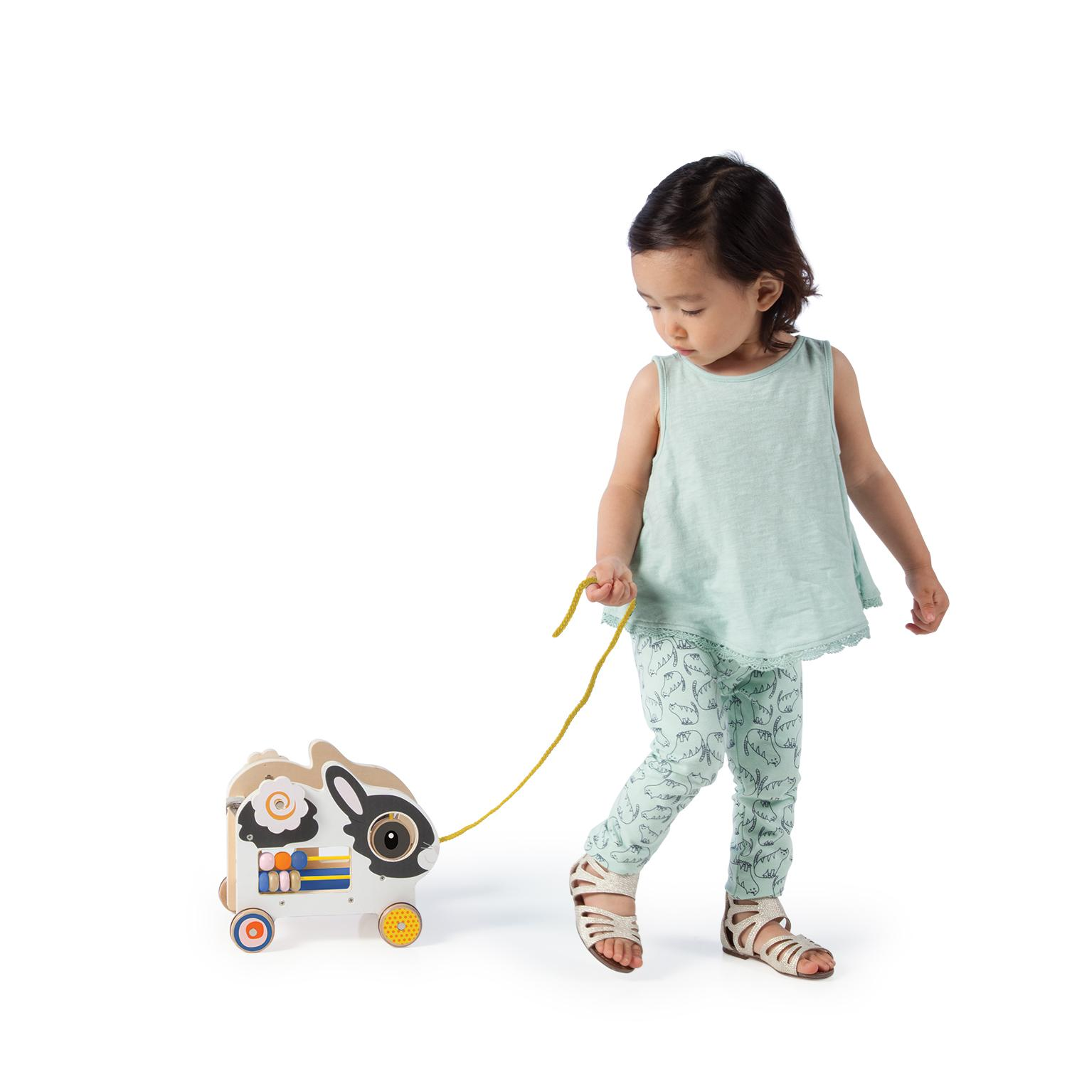 Pull Toys For Girls : Amazon manhattan toy my pal truman wooden pull along