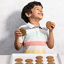 cookies - My First Cookbook: Fun Recipes To Cook Together . . . With As Much Mixing, Rolling, Scrunching, And Squishing As Possible! (America's Test Kitchen Kids)