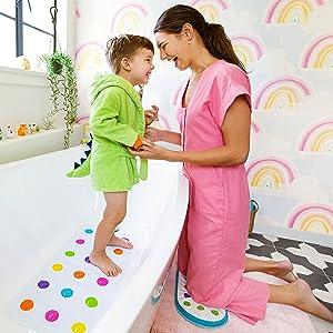 bath kneeling pad; bath kneeler; bath accessory; bathtime