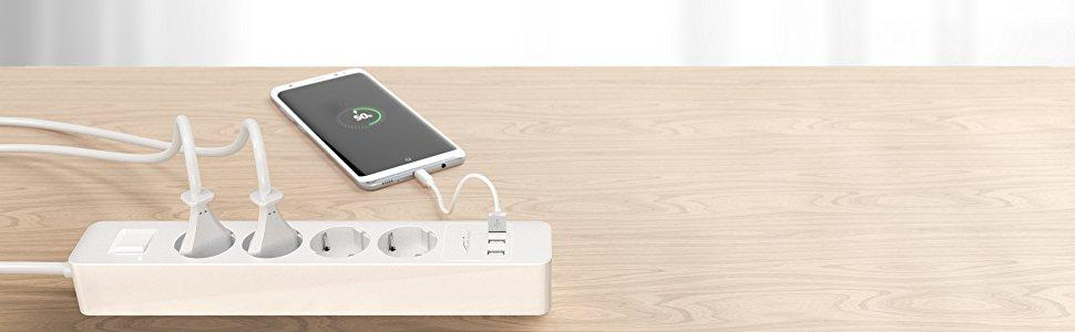 KabelDirekt Regleta cuádruple, (cargador USB triple 4,8A, regleta con posibilidad de carga de hasta 4000W, 250V 16A, con certificado GS y TÜV, ...