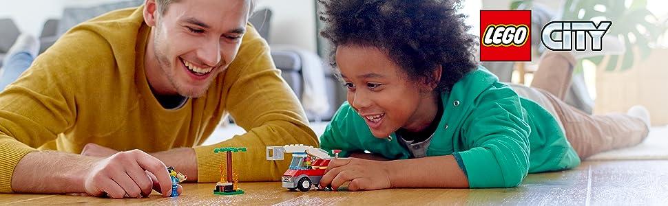 LEGO City Fire- City Fire Incendio en la Barbacoa Juguete de construcción de rescate de bomberos, incluye camión con grúa y minifiguras, Multicolor (Lego ES 60212): LEGO: Amazon.es: Juguetes y juegos