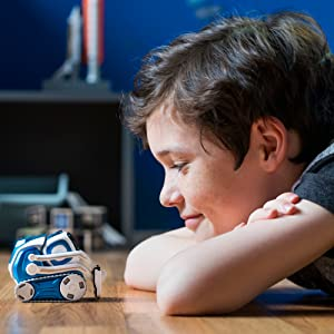 Anki; Cozmo; Robot companion; Robot Toy; Robotics; Coding; Toys, Robot play
