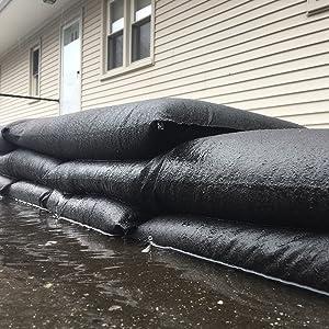 quick dam, sand bags, sandbags, flood bags, flood barrier, flood protection