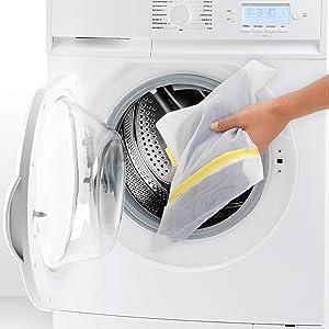 washing bags; washing machine bags; delicate items bags; laundry bags; socks bags; underwear bags