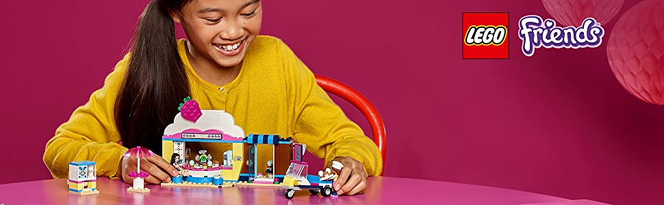 olivia-cupcake-café-bakery-cake-delivery-scooter-kitchen-robot-lego-friends-41366-adventures-play