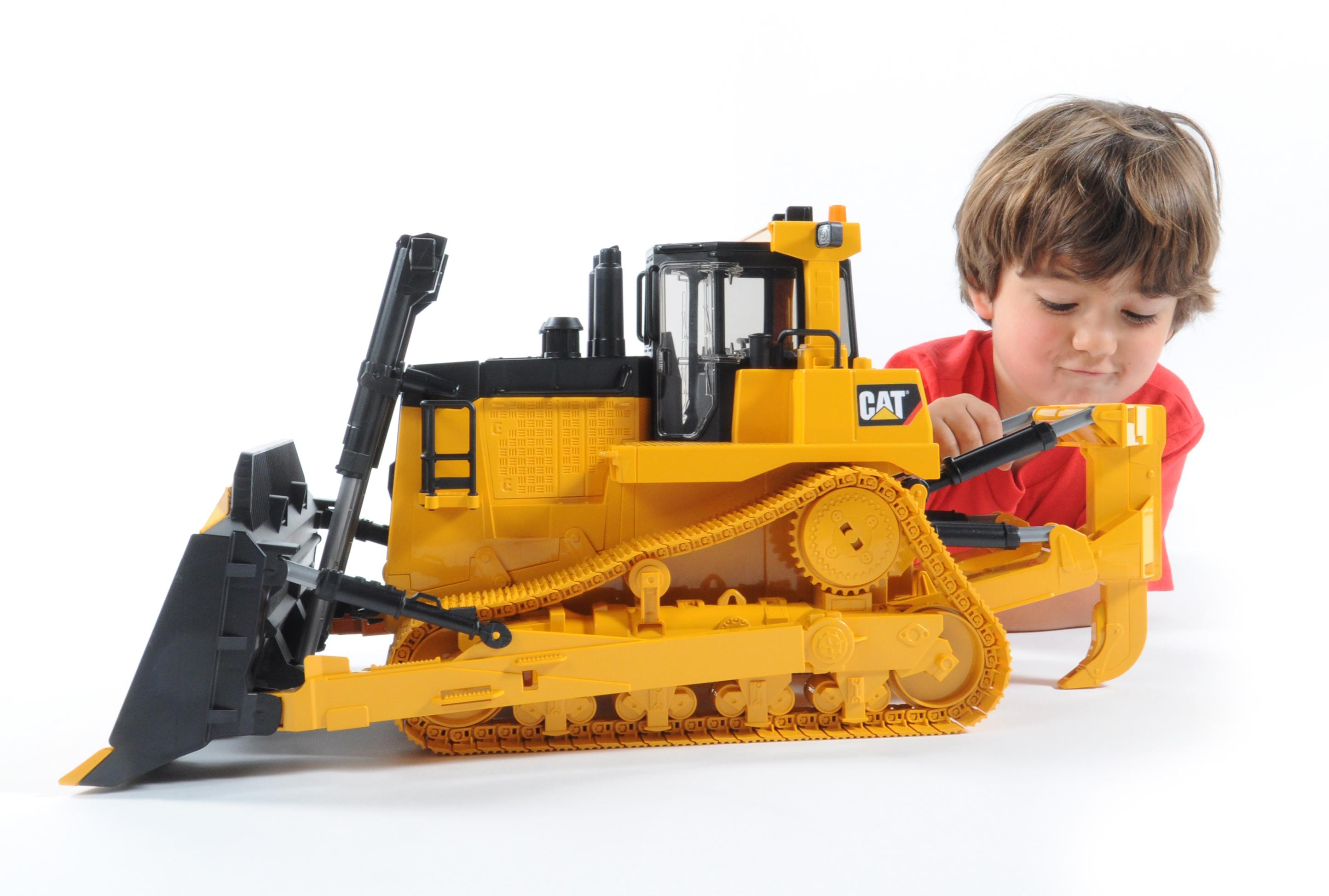 Bruder Construction Toys : Amazon bruder cat large track type tractor toys games