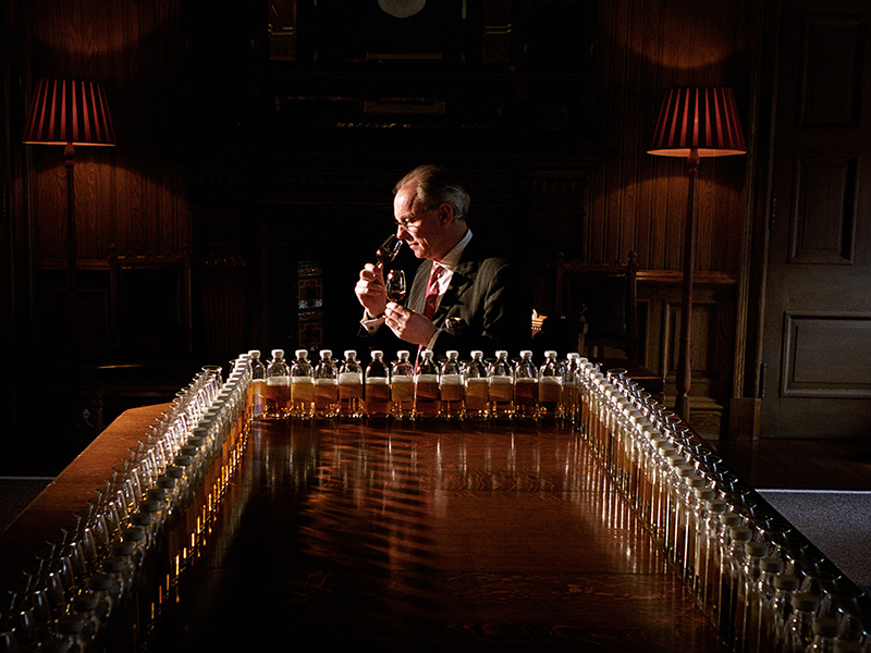 Chivas Regal 12 Años Whisky Escocés de Mezcla, 700ml