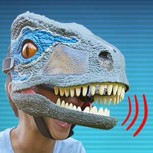 ​Act Out Jurassic World Scenes with the Velociraptor Blue Chomp 'N Roar Mask