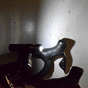 VOLT800 ボルト800 ヘッドライト 自転車用ヘッドライト 前照灯 ロードバイク クロスバイク ミニベロ 小径車 ブルベ ロングライド