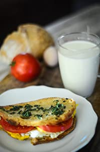 breakfast, egg and tomato sandwich