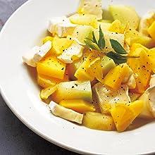 メロンとマンゴーとブリーチーズのサラダ 檸檬のヴィネグレットソースで