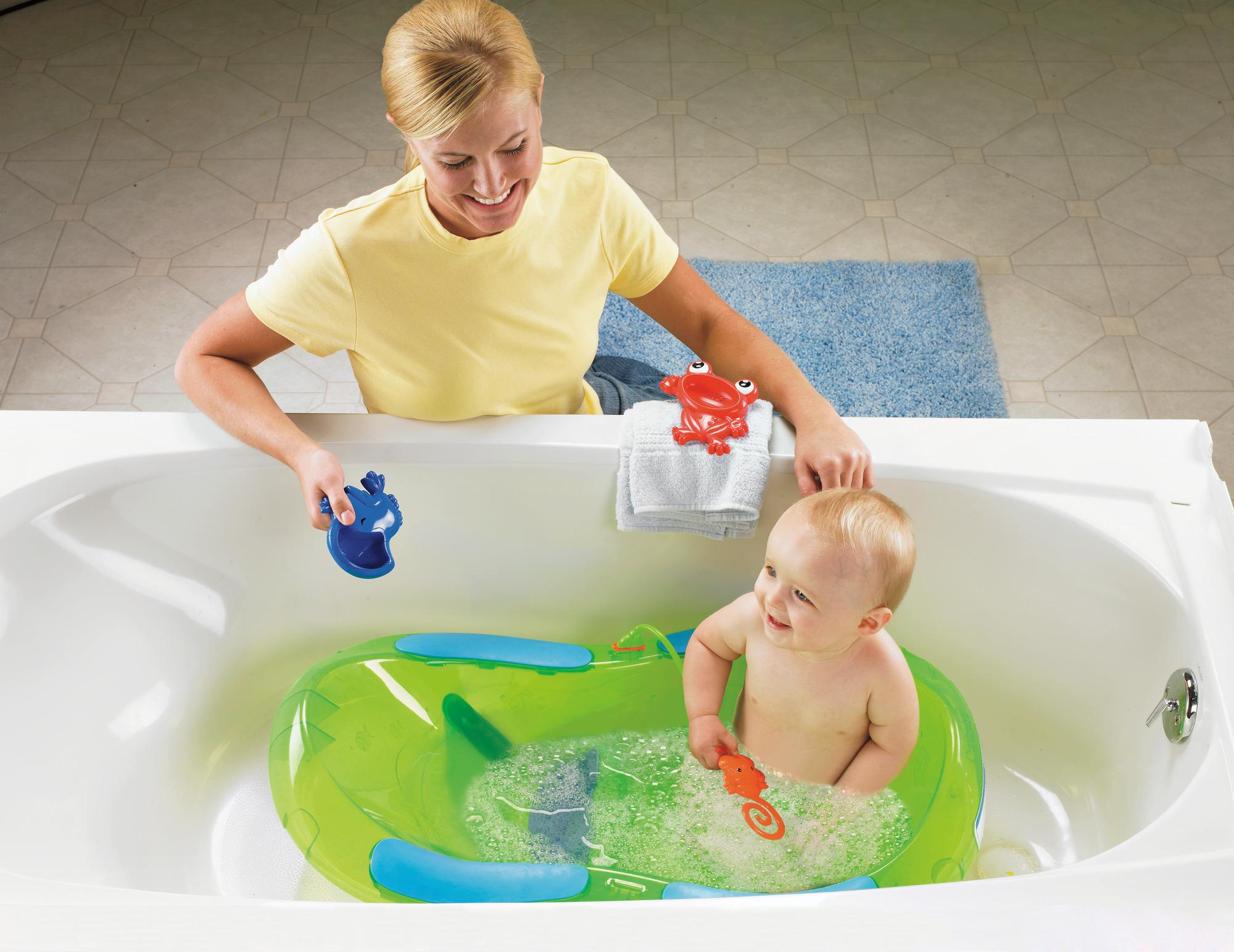 fisher price bath center rainforest baby bathing seats and tubs baby. Black Bedroom Furniture Sets. Home Design Ideas