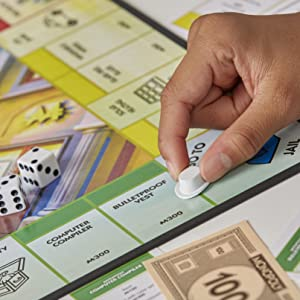Monopoly a tema invenzioni da donna Gioco in scatola da tavolo Monopoly Ms